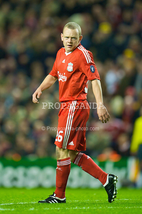 LIVERPOOL, ENGLAND - Tuesday, March 10, 2009: Liverpool's Jay Spearing makes his home debut against Real Madrid during the UEFA Champions League First Knockout Round 2nd Leg match at Anfield. (Photo by David Rawcliffe/Propaganda)