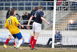 Falkirk's Darren Dods scoring their first goal..Falkirk 4 v 0 Cowdenbeath, 6/4/2013..©Michael Schofield..
