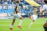 ARNHEM - Vitesse - FC Groningen , Voetbal , Eredivisie, Seizoen 2015/2016 , Gelredome , 03-10-2015 , Vitesse speler Kevin Diks (R) scoort de 2-0 op aangeven van Vitesse speler Guram Kashia (l)
