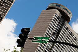 Traffic signal at Grand Blvd and Crown Center Sheraton Hotel.