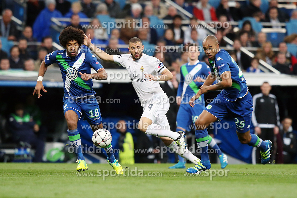 12.04.2016, Estadio Santiago Bernabeu, Madrid, ESP, UEFA CL, Real Madrid vs VfL Wolfsburg, Viertelfinale, Rueckspiel, im Bild Dante ( VfL Wolfsburg )Karim Benzema ( Real Madrid ) Naldo ( VfL Wolfsburg )ussball, Champions League Viertelfinale, 12.04.2016, Foto: Langer / Eibner Pressefoto // during the UEFA Champions League Quaterfinal, 2nd Leg match between Real Madrid and VfL Wolfsburg at the Estadio Santiago Bernabeu in Madrid, Spain on 2016/04/12. EXPA Pictures &copy; 2016, PhotoCredit: EXPA/ Eibner-Pressefoto/ Langer<br /> <br /> *****ATTENTION - OUT of GER*****