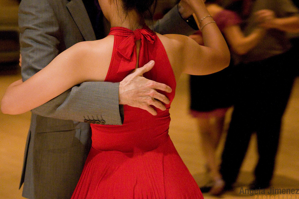 Date: 7/10/10.Desk: ESC.Slug: LATIN DANCE.Assign Id: 30098951A..Aspiring and experienced tango dancers attend the monthly Saturday night Tango event at the 92nd Street Y in New York City on July 10, 2010.  ..Photo by Angela Jimenez for The New York Times .photographer contact 917-586-0916