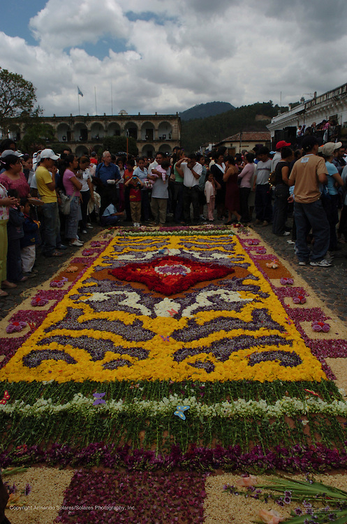 Holy Week celebrations in Antigua, Guatemala, 2006. Procession of La Hermandad de la Consagrada Imagen de Jesus Nazareno, Templo La Merced, Antigua Guatemala. Easter week, Easter,Semana Santa, Guatemala,Antigua,