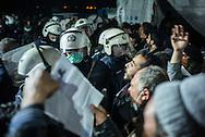 Migrant clashing with police ath the Greek Macedonian border next to the Greek village of  Idomeni, Greece. FEDERICO SCOPPA/CAPTA