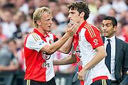 ROTTERDAM - Feyenoord - Vitesse , Voetbal , Seizoen 2015/2016 , Eredivisie , De Kuip , 23-08-2015 , Speler van Feyenoord Dirk Kuyt (l) pept Speler van Feyenoord Eric Botteghin (r) op