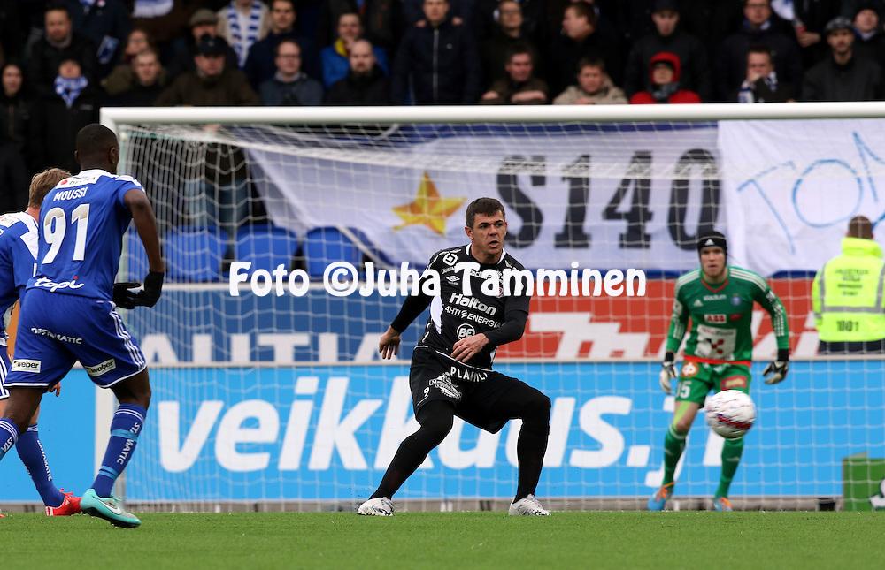 19.4.2015, Sonera stadion, Helsinki.<br /> Veikkausliiga 2015.<br /> Helsingin Jalkapalloklubi - FC Lahti..<br /> Rafael Pires Vieira - FC Lahti