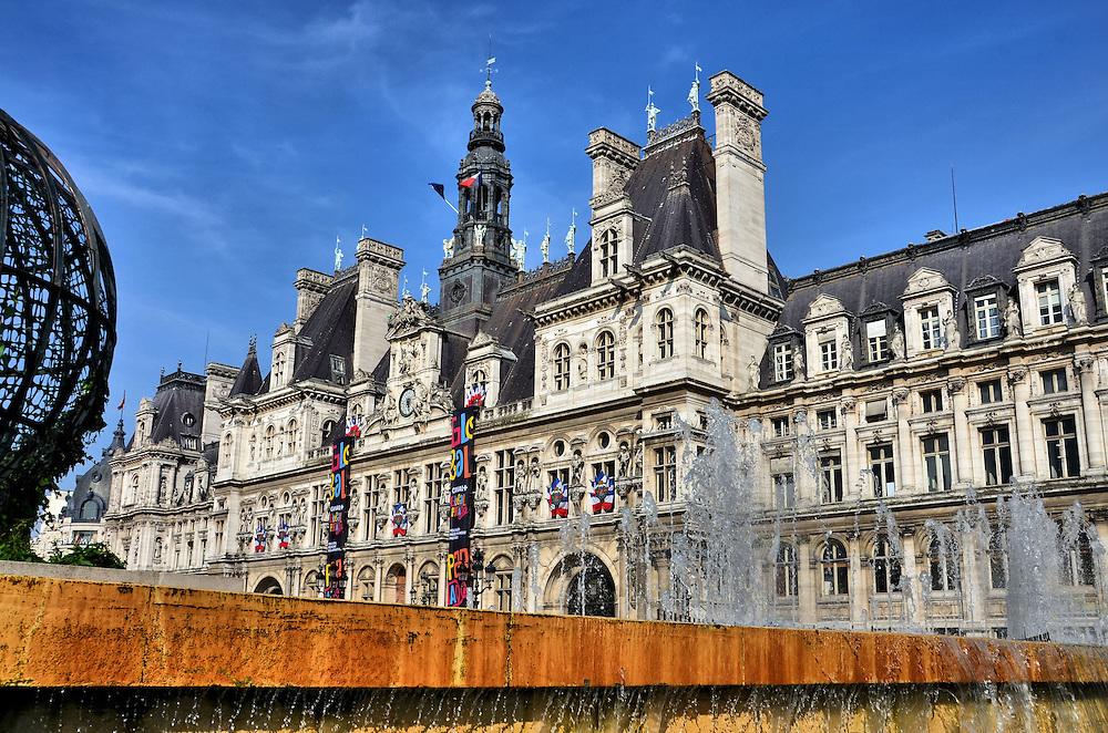 H Tel De Ville And Fountain In Paris France Encircle Photos