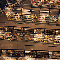 WA10106-00...WASHINGTON - View of the book shelves in the downtown Seattle Public Library building.