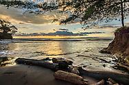 Playa Torio, en la costa sur del Golfo de Montijo en  la provincia de Veraguas,  Panamá.