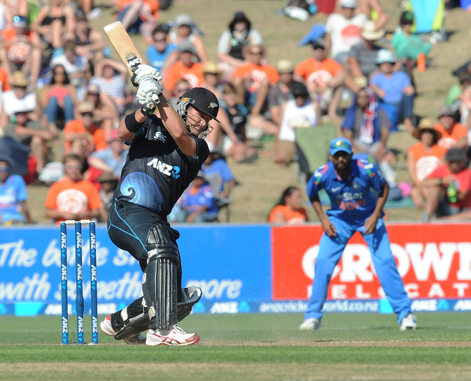 New Zealand's Corey Anderson on his way to 68 not out against India in the first one day International cricket match, McLean Park, New Zealand, Sunday, January 19, 2014. Credit:SNPA / Ross Setford
