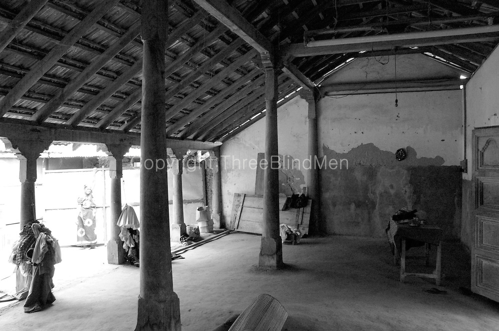 Old house in Jaffna. On a visit in 2004 with architect C. Anjalendran to document traditional and vernacular architecture.