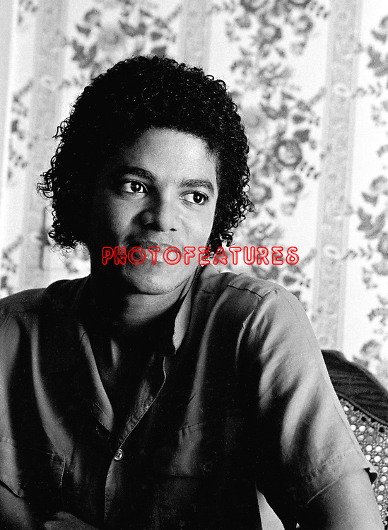 Michael Jackson 1981 at his Encino home..© Chris Walter.