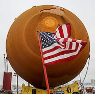 The ET-94 fuel tank arrives Los Angeles