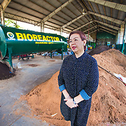 CAPTION: The City Environmental Management Office (CEMO) tries to reduce waste in Marikina City by turning biodegradable waste into compost using this bioreactor. The compost is sold to communities involved in urban gardening projects for 15 pesos (US$ 0.35) per kilo. LOCATION: City Environmental Management Office, Marikina City, Philippines. INDIVIDUAL(S) PHOTOGRAPHED: Gloria Byenaventura.