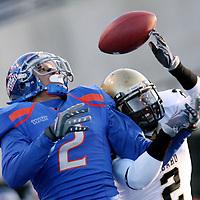 Boise State receiver Austin Pettis makes a reception against the Idaho Vandals at Bronco Stadium.