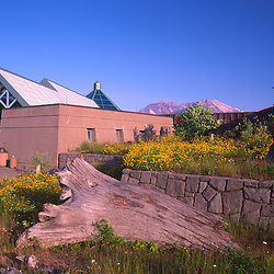 Coldwater Ridge Visitor Center and Mt. St. Helens, Mt. St. Helens National Volcanic Monument, Washington, US