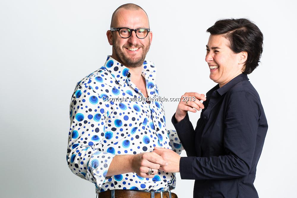 Tom van Dyck en Alice Reijs bij de voorstelling van een nieuwe tragikomische serie dat zij maken voor de VRT