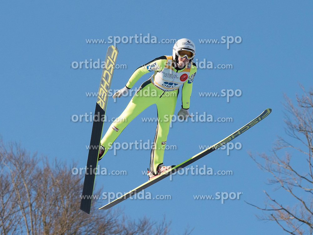 31.01.2015, Energie AG Skisprung Arena, Hinzenbach, AUT, FIS Ski Sprung, FIS Ski Jumping World Cup Ladies, Hinzenbach, Wettkampf im Bild Siegerin Daniela Iraschko-Stolz (AUT) // during FIS Ski Jumping World Cup Ladies at the Energie AG Skisprung Arena, Hinzenbach, Austria on 2015/01/31. EXPA Pictures © 2015, PhotoCredit: EXPA/ Reinhard Eisenbauer