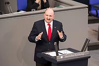 24 MAR 2017, BERLIN/GERMANY:<br /> Bernd Ruetzel, MdB, SPD, waehrend der Bundestagesdebatte zur Befristung von Arbeitsvertr&auml;gen ohne Sachgrund, Plenum, Deutscher Bundestag<br /> IMAGE: 20170324-01-014<br /> KEYWORDS: Bernd R&uuml;tzel