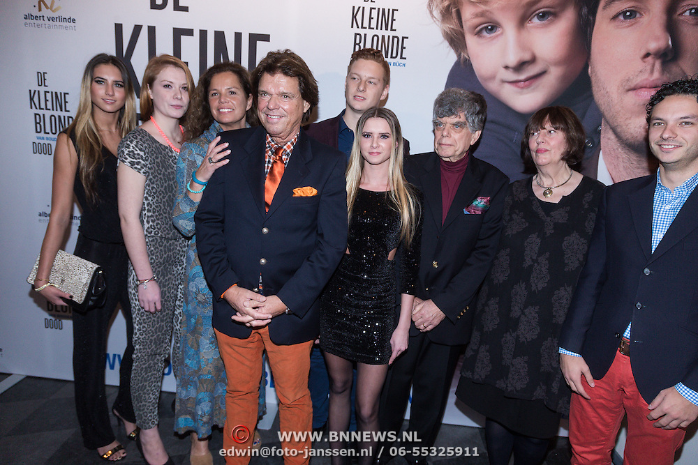 NLD/Den Haag/20131209 - Premiere de Kleine Blonde Dood, familie Buch, Menno Buch en partner Nicole van Houten en broer Richard met partner