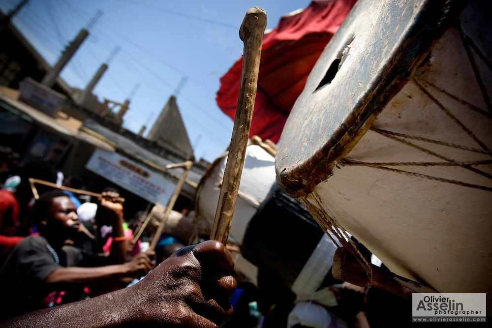 A man plays a drum that busted from the intensity of the hits during the parade held on the occasion of the annual Oguaa Fetu Afahye Festival in Cape Coast, Ghana on Saturday September 6, 2008..