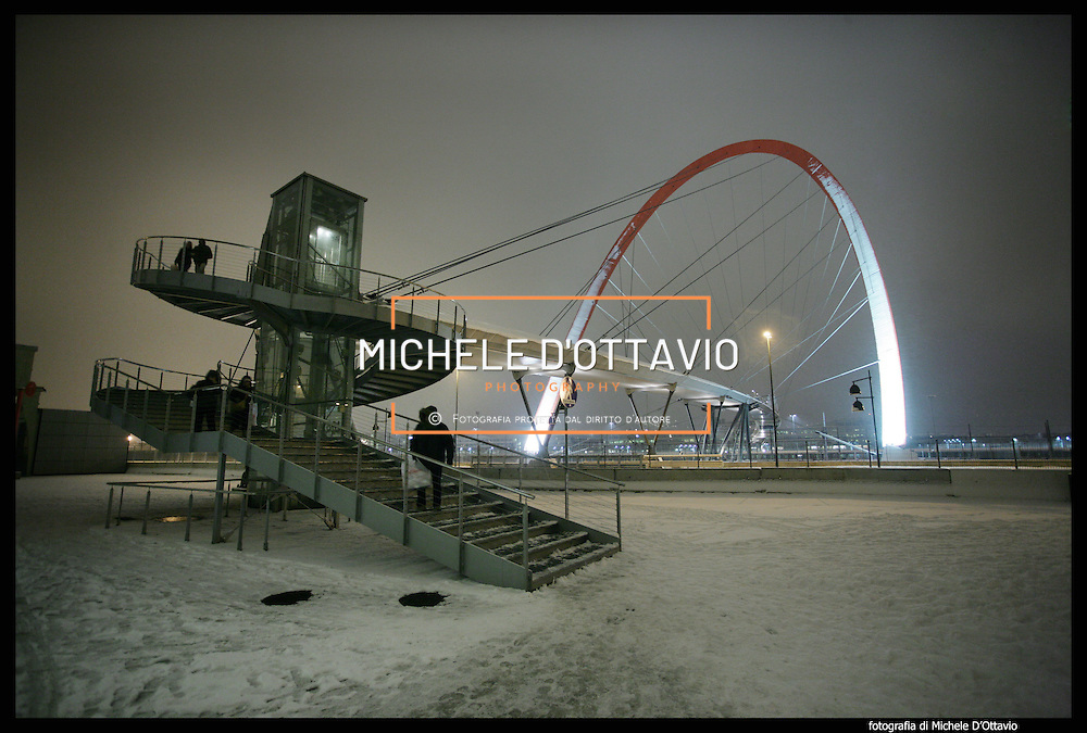Nella foto l'Arco Olimpico.. Turin under snow, Torino sotto la neve.