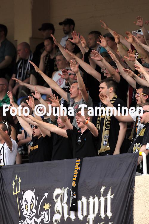 23.5.2014, Keskuskentt&auml;, Sein&auml;joki.<br /> Veikkausliiga 2014.<br /> Sein&auml;joen Jalkapallokerho - FF Jaro.<br /> SJK:n fanit.