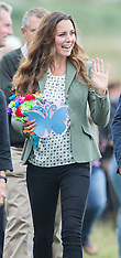 AUG 30 2013 Kate Makes her first appearance since giving birth