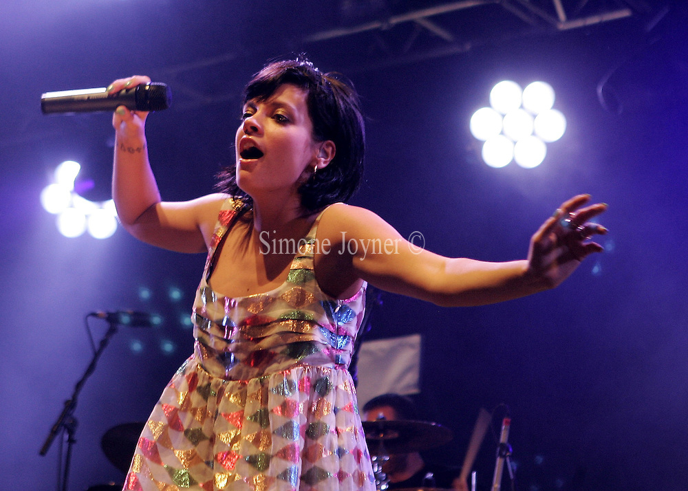 Lily Allen performs live on the Main stage during day two of 'Radio 1's Big Weekend' at Lydiard Country Park on May 10, 2009 in Swindon, England.  (Photo by Simone Joyner)