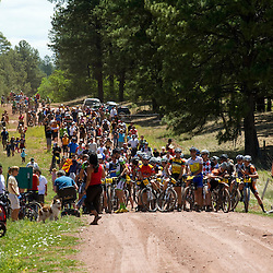 The race started on road before turning onto the 100% singletrack course.