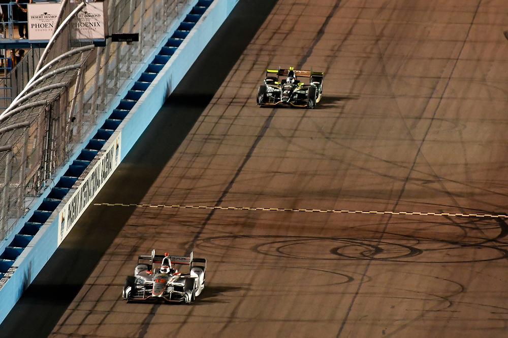 Verizon IndyCar Series<br /> Desert Diamond West Valley Phoenix Grand Prix<br /> Phoenix Raceway, Avondale, AZ USA<br /> Saturday 29 April 2017<br /> Will Power, Team Penske Chevrolet, JR Hildebrand, Ed Carpenter Racing Chevrolet<br /> World Copyright: Scott R LePage<br /> LAT Images<br /> ref: Digital Image lepage-170429-phx-4471