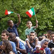Jus Soli.  Cittadinanza ai figli di stanieri nati a Torino