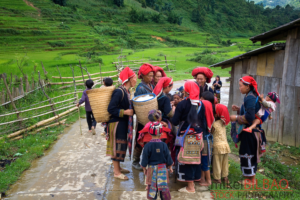 Red Dzao ethnic group in Ta Phin village.<br />