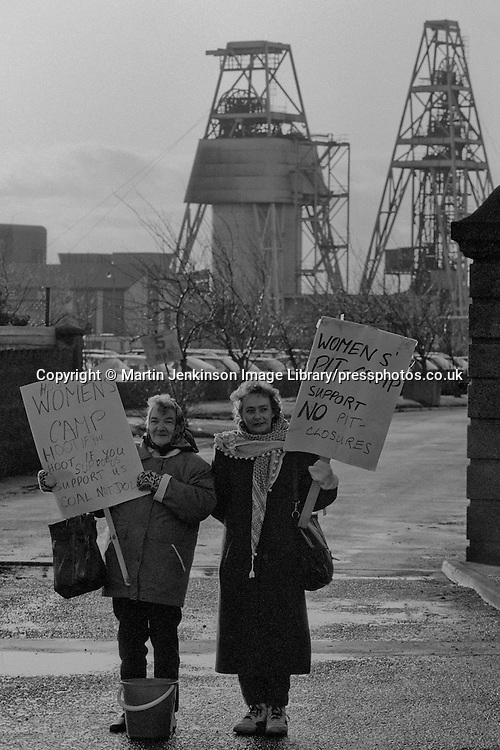 Jean Wylie & Betty Cook WAPC pit camp protest at Markham Main Colliery, Armthorpe, Doncaster 11 January 1993
