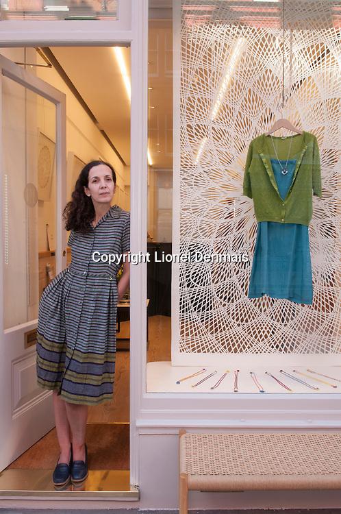 Maria Lemos, créatrice de Mouki Mou, boutique située au 29, Chiltern Street, Marylebone, Londres.
