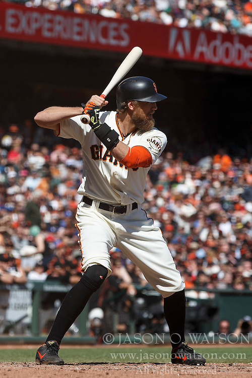 SAN FRANCISCO, CA - OCTOBER 02: Hunter Pence #8 of the San Francisco Giants at bat against the Los Angeles Dodgers during the fourth inning at AT&T Park on October 2, 2016 in San Francisco, California. The San Francisco Giants defeated the Los Angeles Dodgers 7-1. (Photo by Jason O. Watson/Getty Images) *** Local Caption *** Hunter Pence