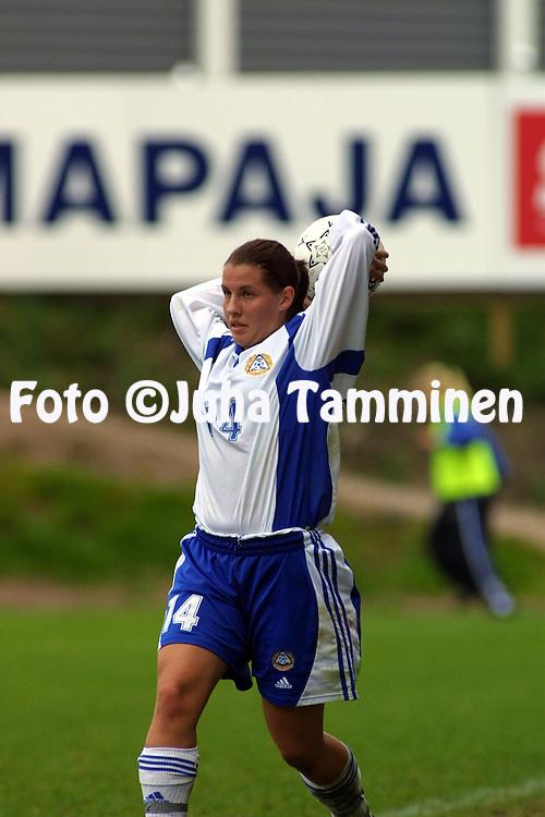 13.10.2001, Pohjola Stadion, Vantaa, Finland. FIFA Women's World Cup qualifying match, Finland v Denmark. Petra Vaelma (FIN)..©JUHA TAMMINEN