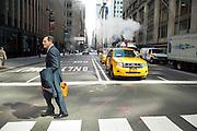 Daniel Vasella (59), ehemaliger President des Pharmariesen Novartis, auf der Madison Avenue in Manhattan, New York, am 13. Maerz 2013, einen Tag nachdem er die Schweiz verlassen hat. Vasella verzichtete nach scharfer oeffentlicher Kritik in der Schweiz auf 72 Millionen Franken Abfindung. .Engl.: Daniel Vasella (59), former president of pharma giant Novartis, on Madison Avenue in Manhattan, New York, March 13. 2013, one  day after he left Switzerland. Vasella and Novartis canceled a 72 million compensation package for him in the wake of a huge public criticism...© Stefan Falke   www.stefanfalke.com