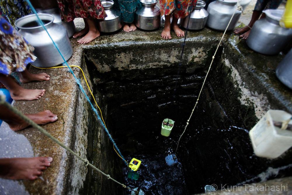 India water shortage in Mumbai | Kuni Takahashi Photography