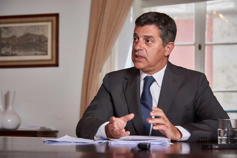 Lisboa, 16/08/2016 - O ministro da economia Manuel Caldeira Cabral fala em entrevista ao DN do momento da governa&ccedil;&atilde;o.<br /> (Paulo Alexandrino / Global Imagens)