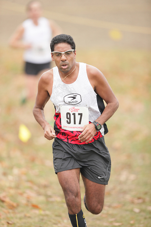 King City, Ontario ---09-11-15--- Laurent Saugrin of the Unattached competes at the Athletics Ontario Cross Country Championships in King City, Ontario, November 16, 2009..GEOFF ROBINS Mundo Sport Images