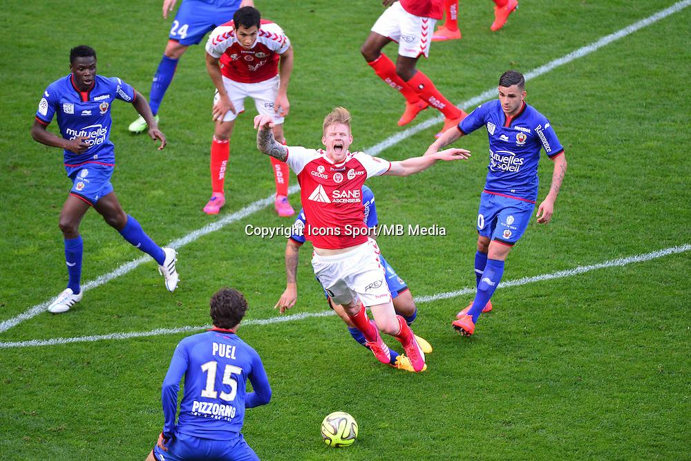Gaetan CHARBONNIER - 12.04.2015 - Reims / Nice - 32eme journee de Ligue 1 <br />Photo : Dave Winter / Icon Sport