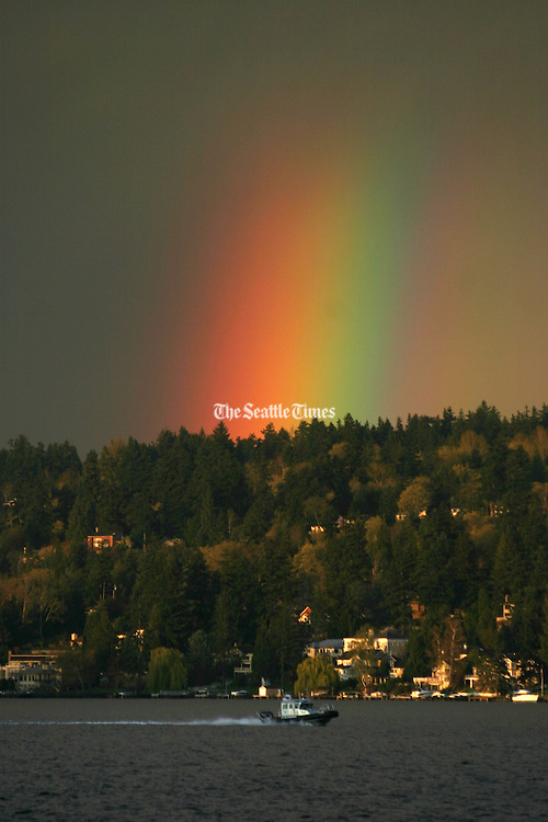 Mother Nature shows her colors after a break in the rain showers off Pritchard Island Beach in the Rainier Beach neighborhood.  <br />