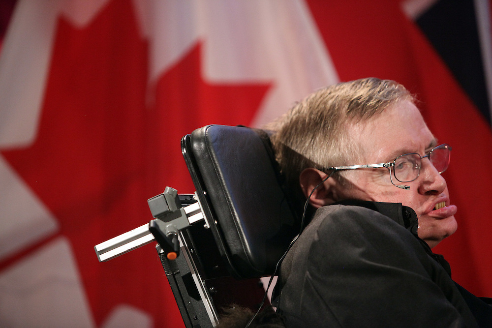 Waterloo, Ontario ---10-06-20--- Renowned physicist Stephen Hawking poses for photographs following a lecture at the Perimeter Institute for Theoretical Physics in Waterloo, Ontario, Canada, June 20, 2010 where he has recently taken the position as the institute's Distinguished Research Chair.<br /> GEOFF ROBINS AFP