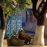 people on Plaza Uta el Hammam, Chefchaouen, Rif Mountains, Morocco