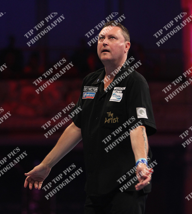 PDC WORLD MATCHPLAY 2014,KEVIN PAINTER,<br /> PIC CHRIS SARGEANT<br /> TIPTOPPICS