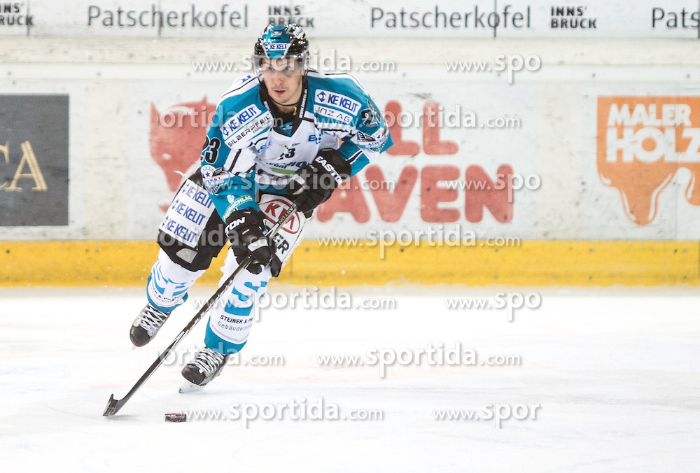 17.11.2015, Tiroler Wasserkraft Arena, Innsbruck, Österreich, EBEL, HC TWK Innsbruck die Haie vs EHC Liwest Black Wings Linz, 21. Runde, im Bild Fabio Hofer (EHC Liwest Black Wings Linz) // during the Erste Bank Icehockey League 21st round match between HC TWK Innsbruck  die Haie and EHC Liwest Black Wings Linz at the Tiroler Wasserkraft Arena in Innsbruck, Austria on 2015/11/17. EXPA Pictures © 2015, PhotoCredit: EXPA/ Jakob Gruber
