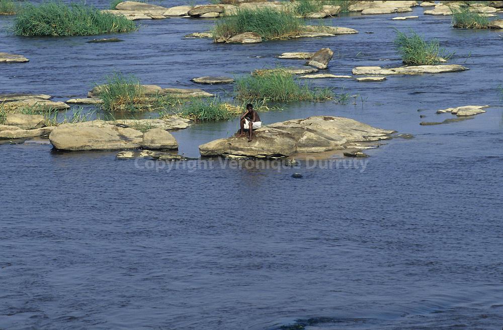 ALONG THE CONGO RIVER, CONGO
