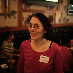 The 405 Club, for unemployed people, gathering in a bar in Manhattan. New York. 2009, June 18th. Photo: Antoine Doyen