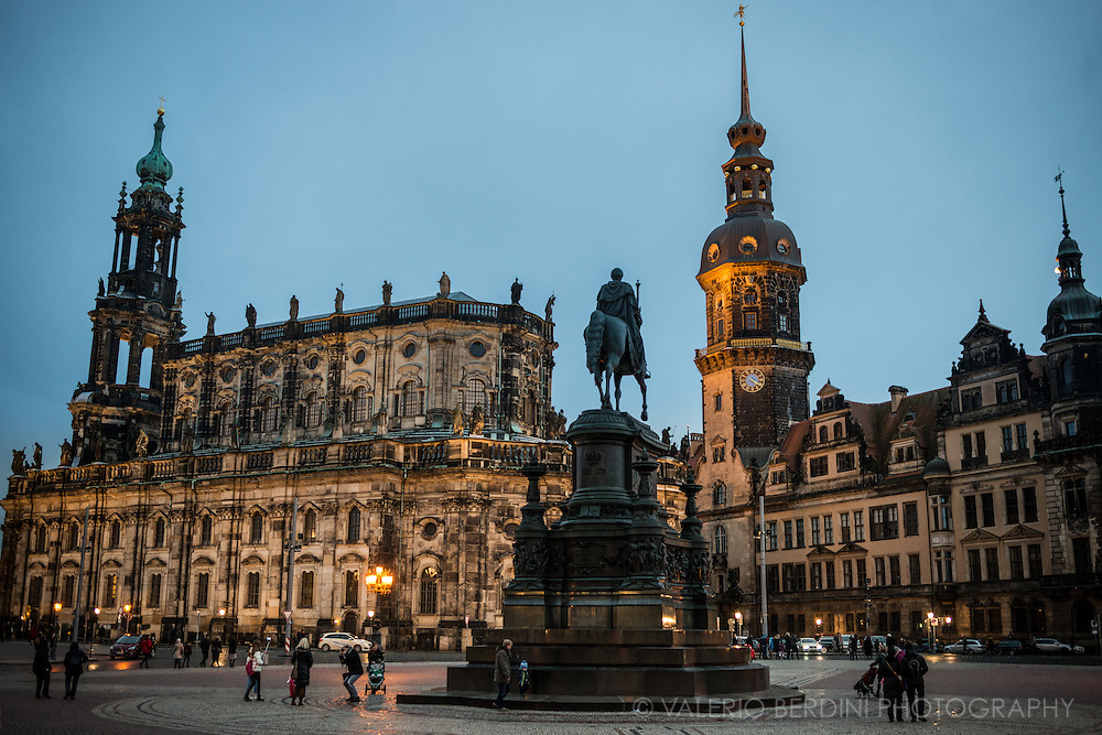 Statue of King Johann, and Dresden Roman catholic Cathedral